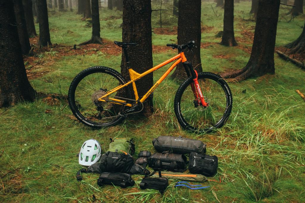 qayron spyro bikepacking