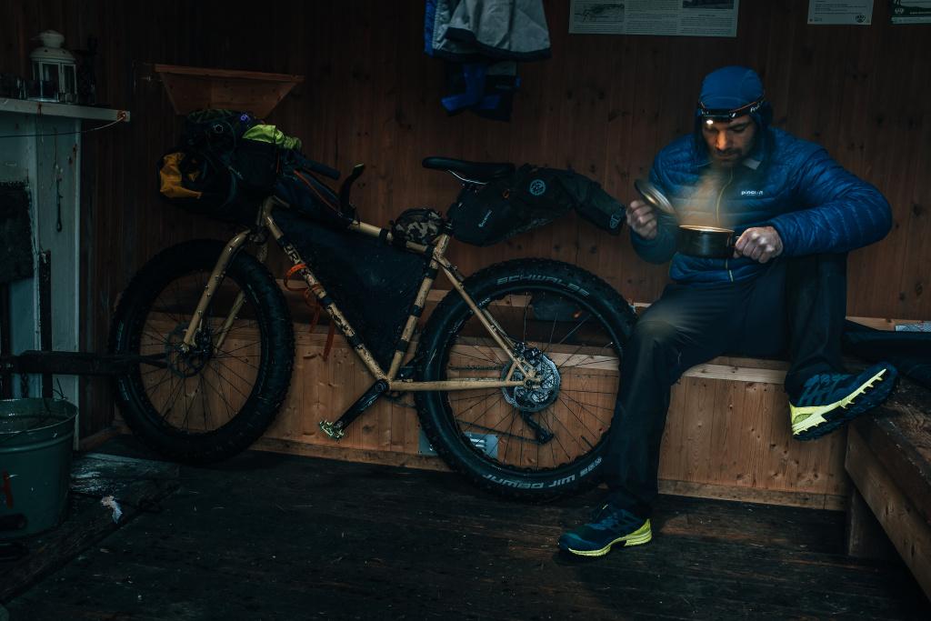 bikepacking celovka fenix