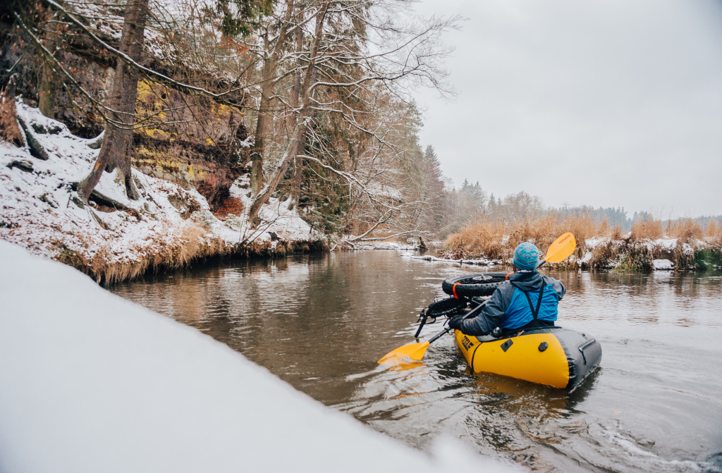 winter bikerafting